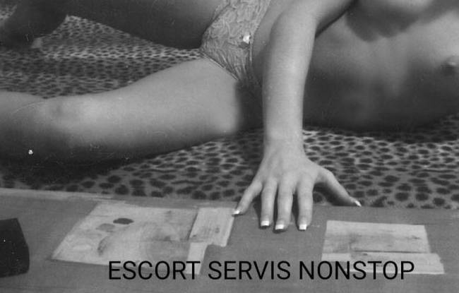 ZLATICA SEX ESCORT